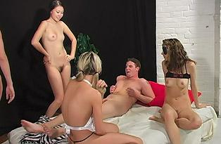 4 girls 1 guy